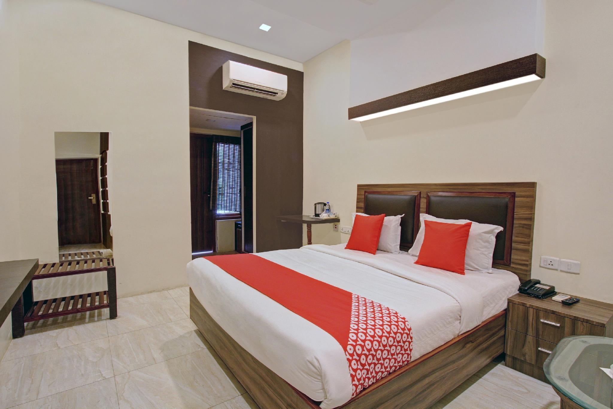 OYO 30970 AAR Royal Residency, Tirunelveli