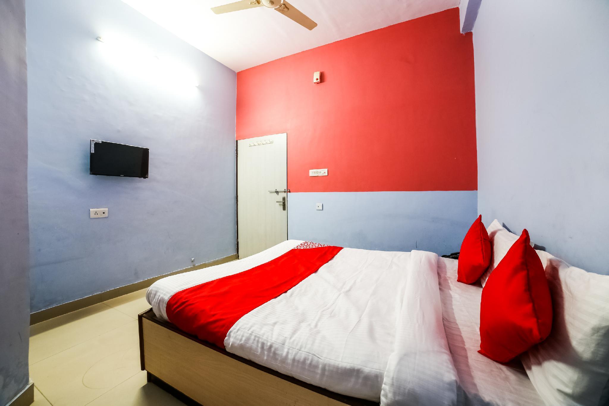 OYO 35619 Hotel Muskan, Sikar
