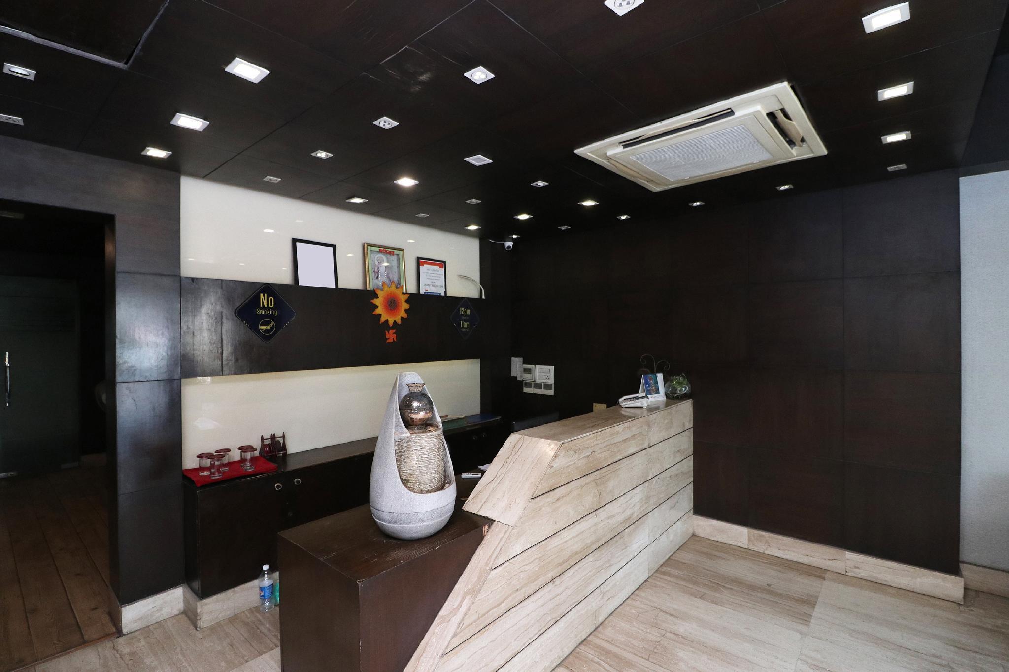 OYO 1600 Hotel Orchid, Faridabad