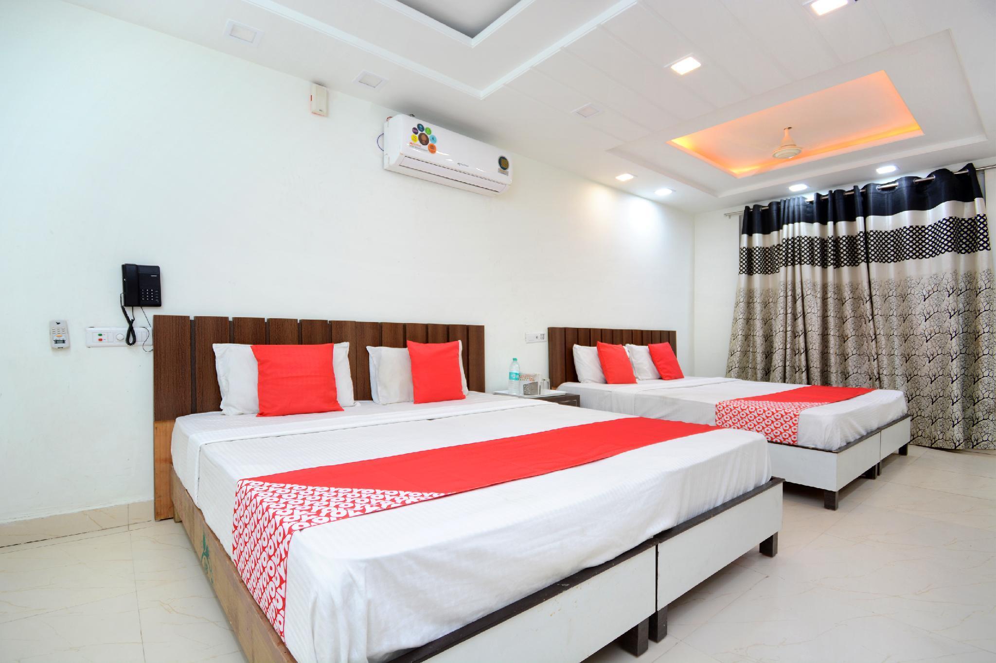 OYO 35679 Hotel Sunrise, Ambala