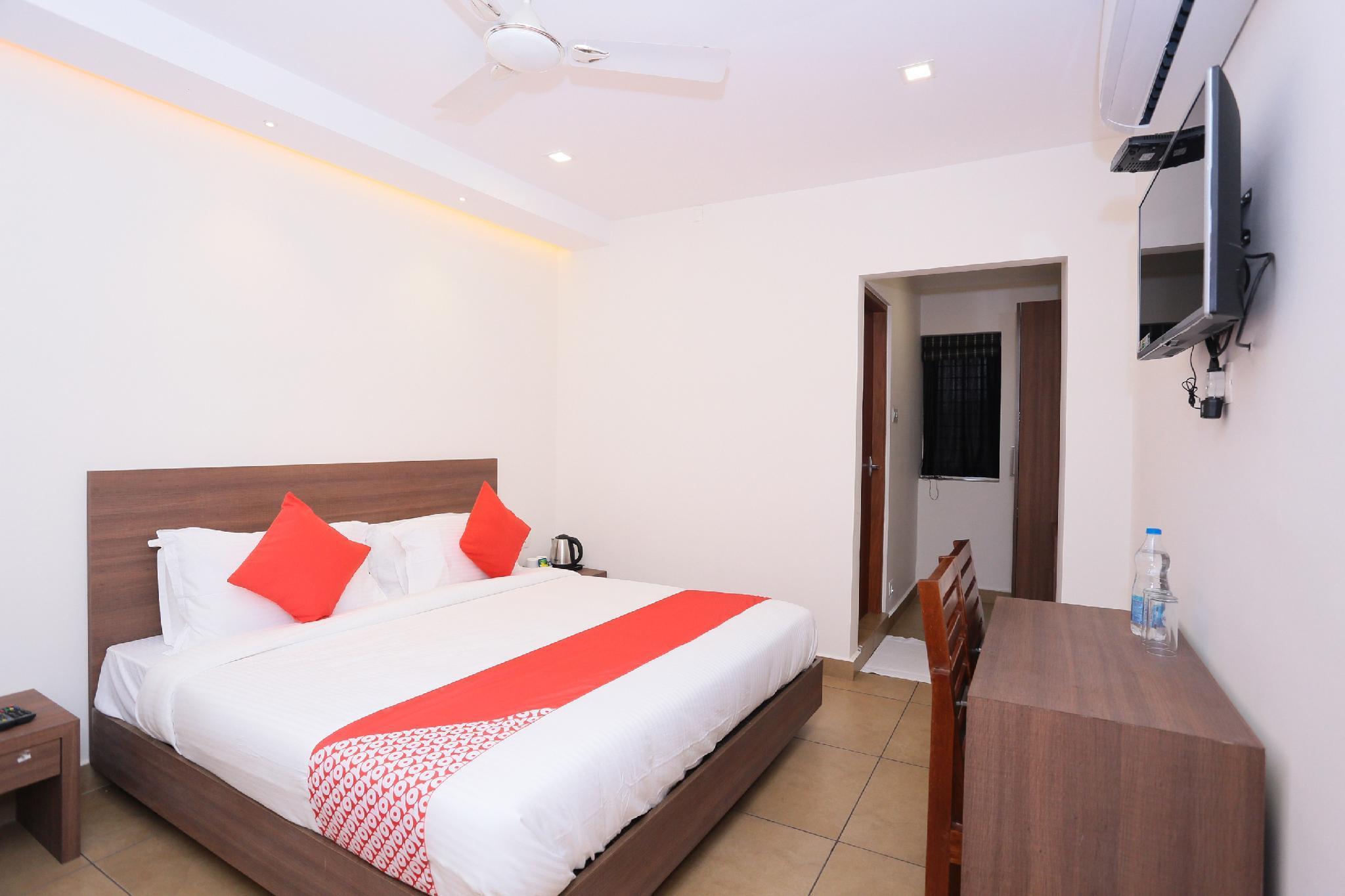 OYO 33481 Apsara, Thrissur