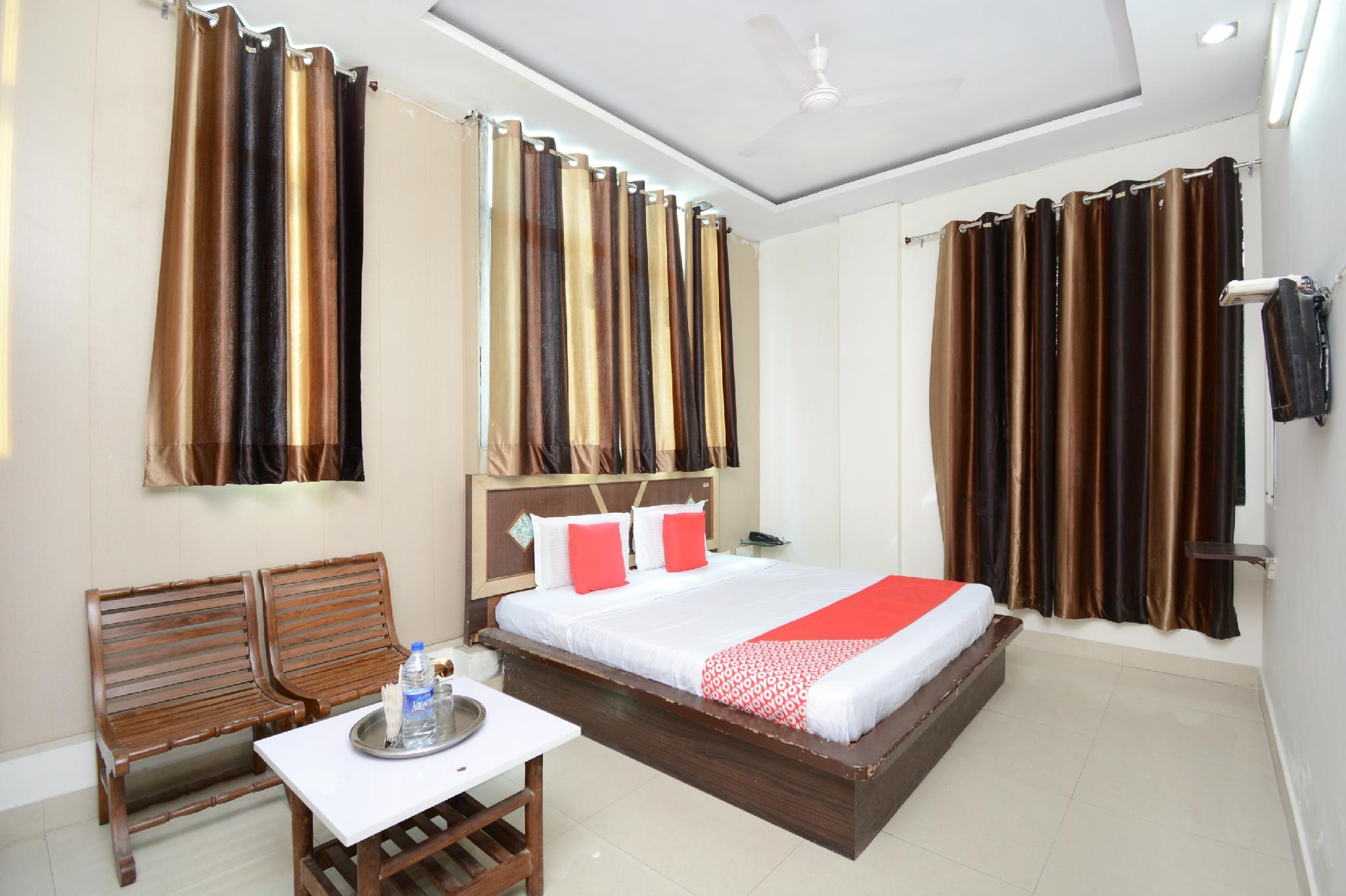OYO 30948 Hotel Highway Inn, Bathinda