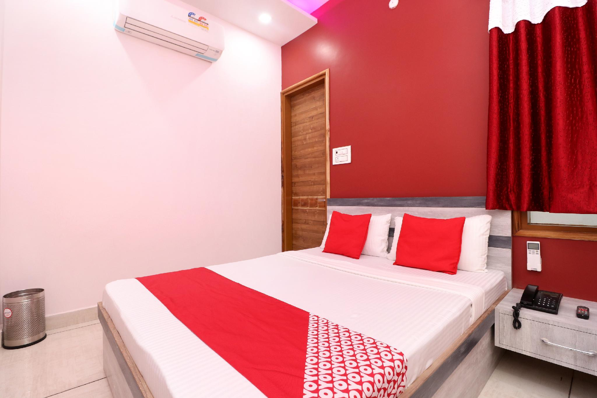 OYO 35650 Hotel Rks Residency, Bathinda