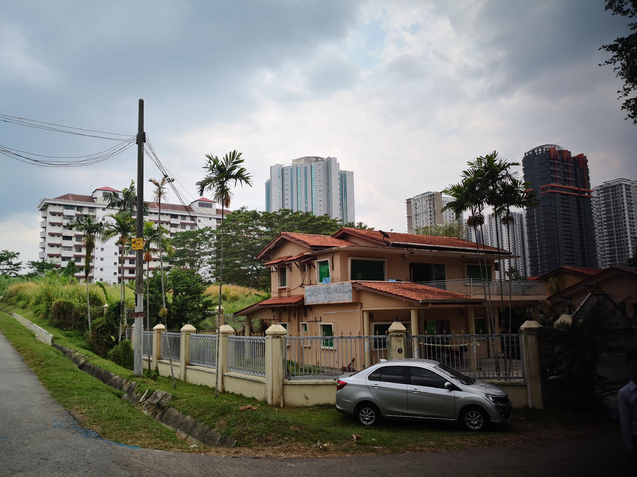 Southern Guest House in Johor bahru 7min to CIQ 16min to Singapore, Johor Bahru