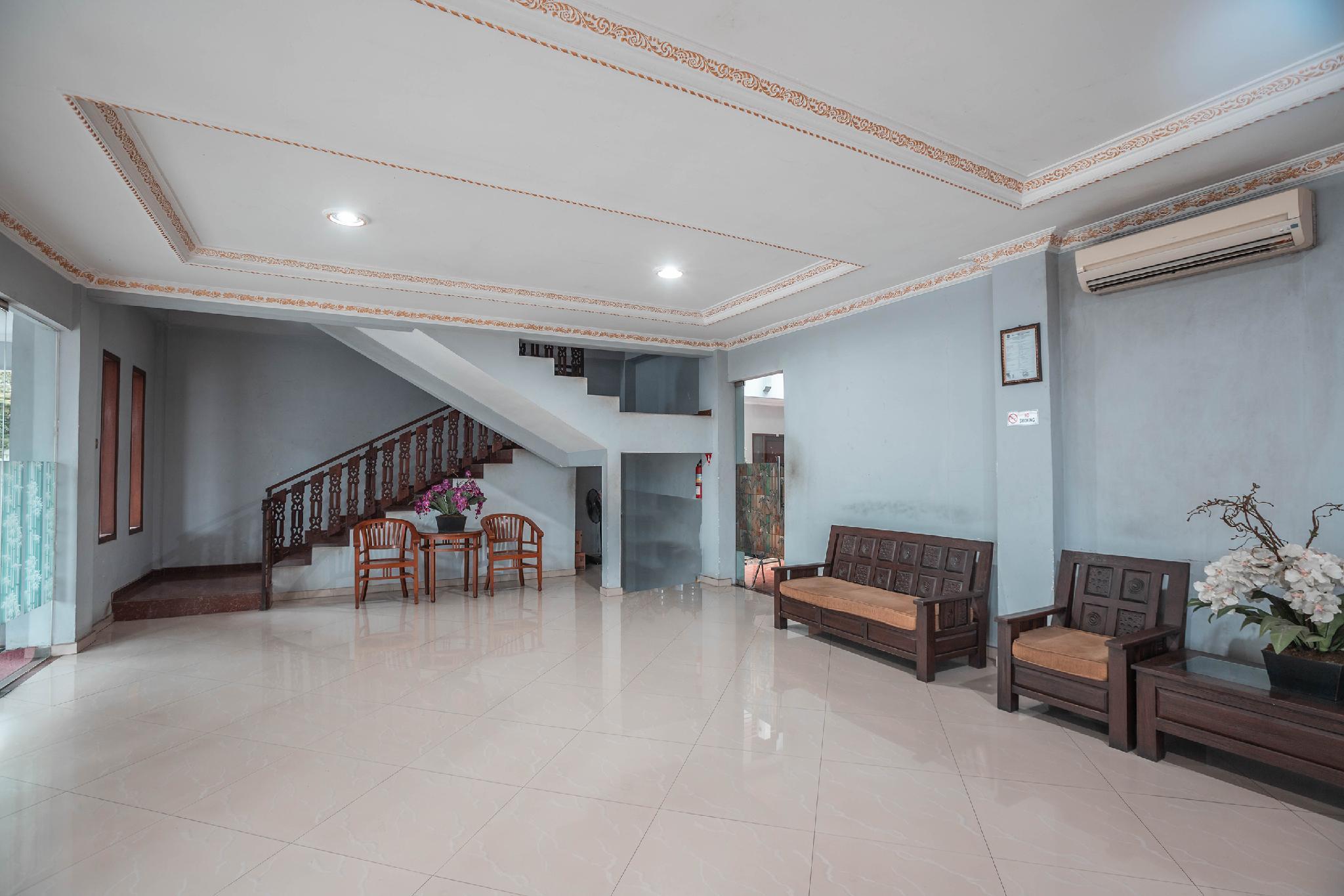 OYO 686 Hotel Bunga Karang