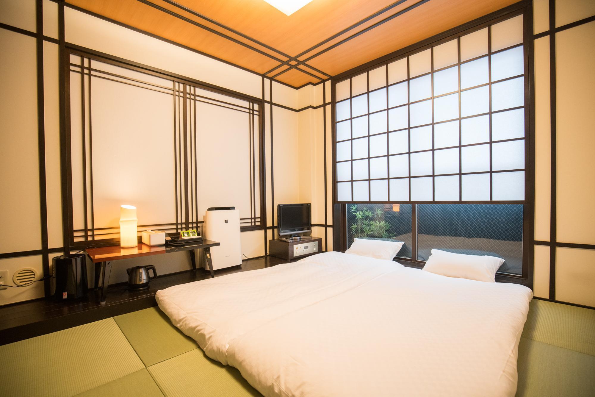 Floral Hotel - Nihonbashi Osaka, Osaka