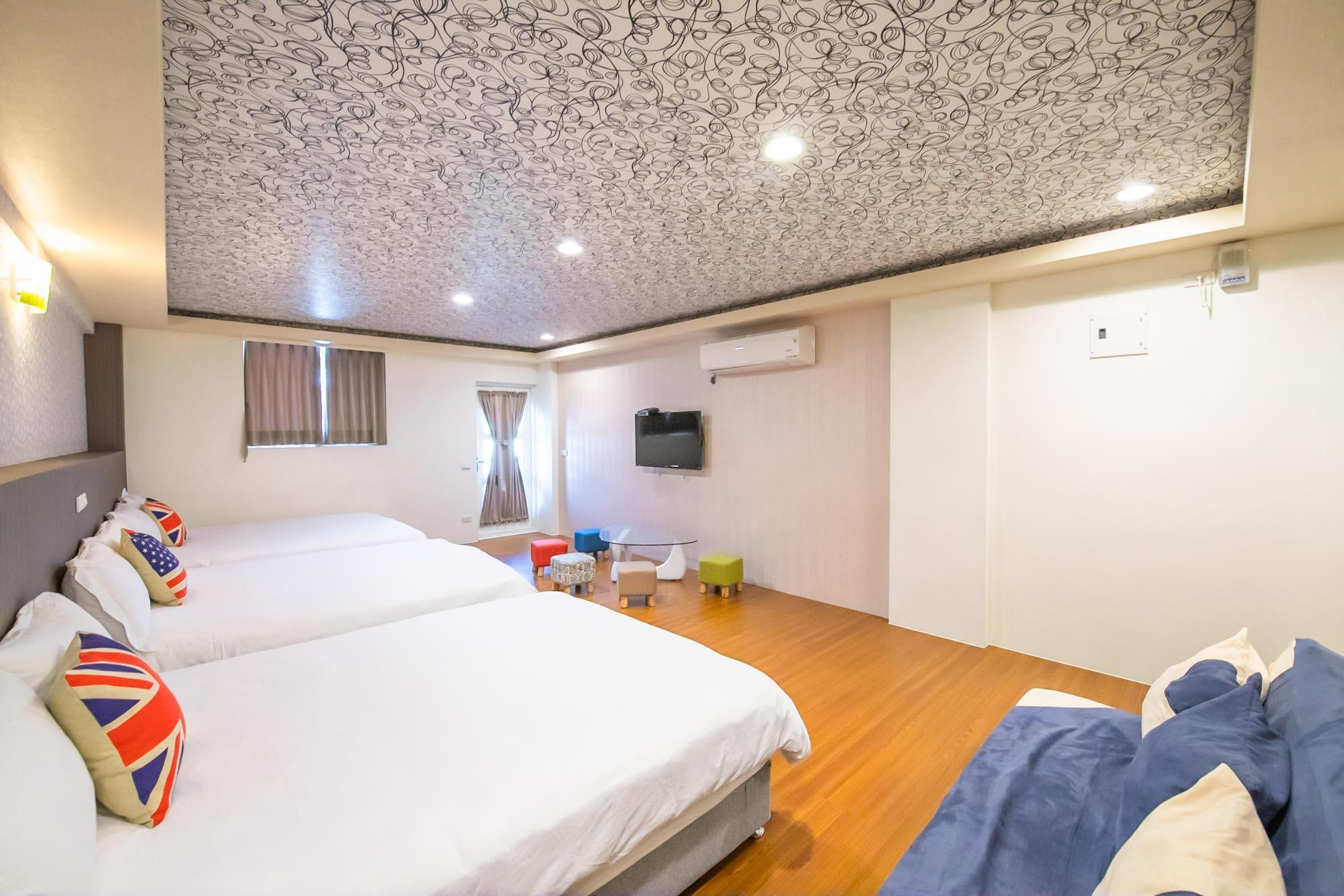 Grizzly Homestay, Yilan