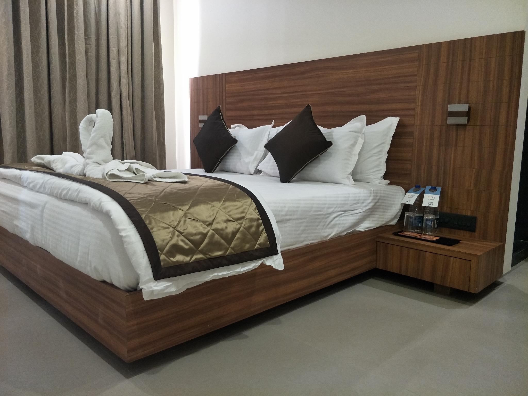 Kyriad Hotel Solapur, Solapur