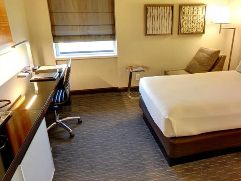 1 King Bed Junior Suite