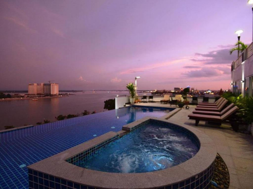 Best Price on Harmony Phnom Penh Hotel in Phnom Penh