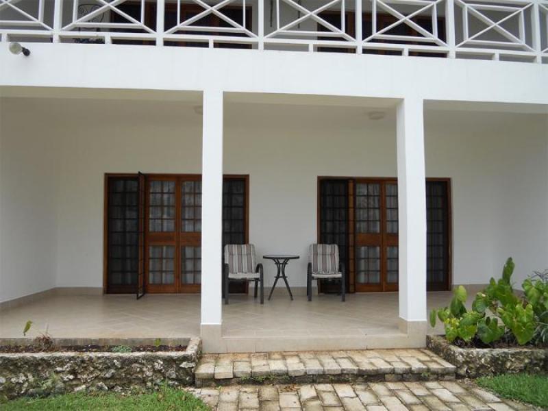 Conquistadors Resort, Pango