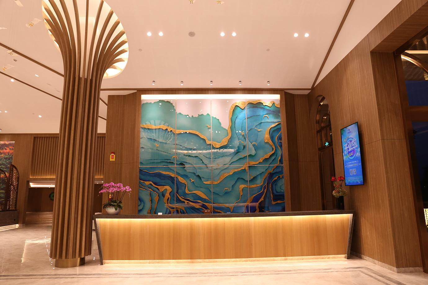 Emerald Bay Hotel, Yuxi