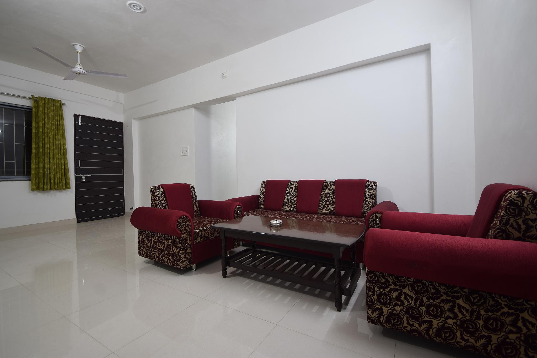 OYO  27814 Premium  Bhuwana, Udaipur