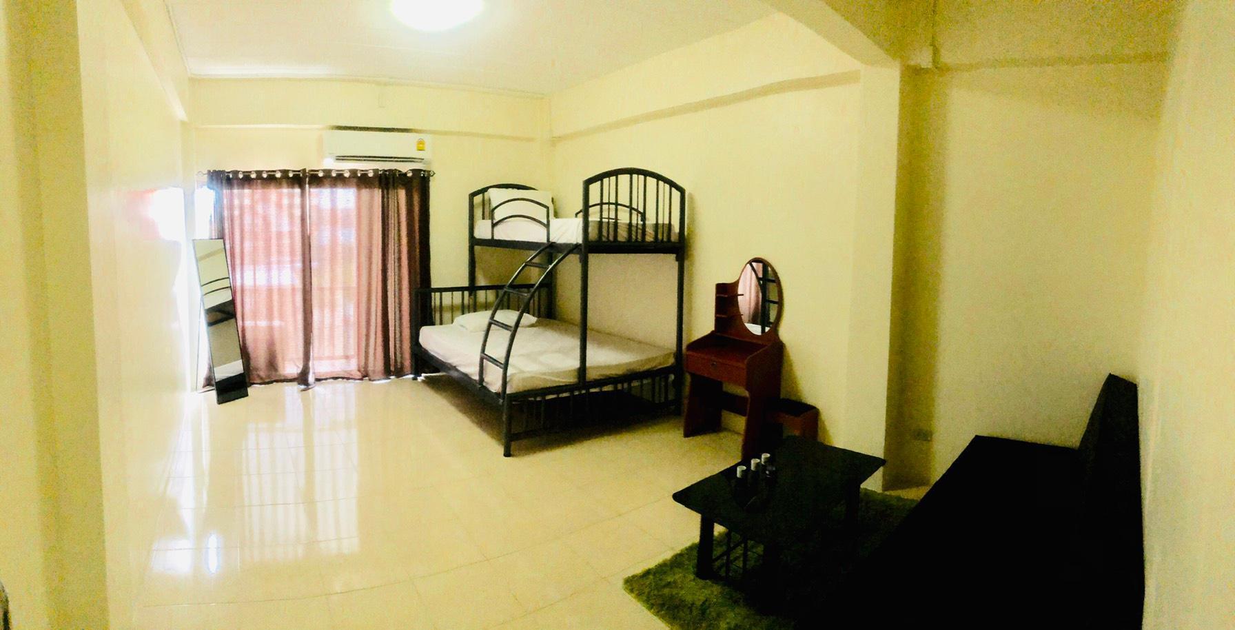 Easy Sleep House, Don Muang