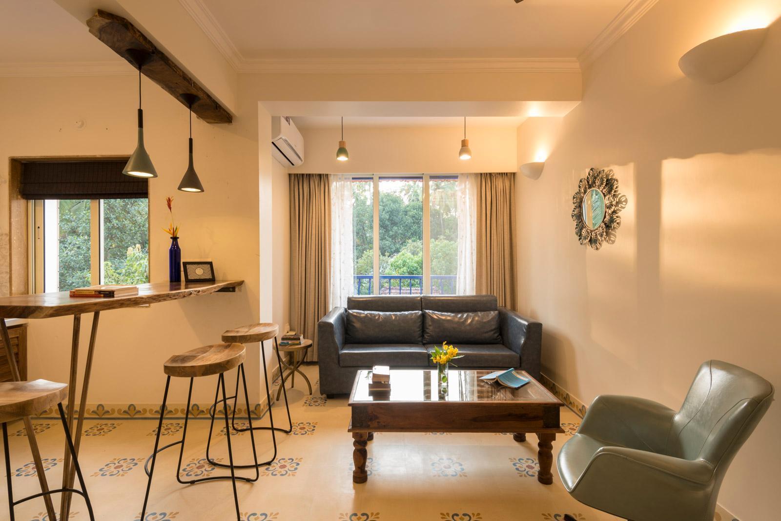1 BR Luxury Suite w/ Pool & Cafe in Vagator, 301