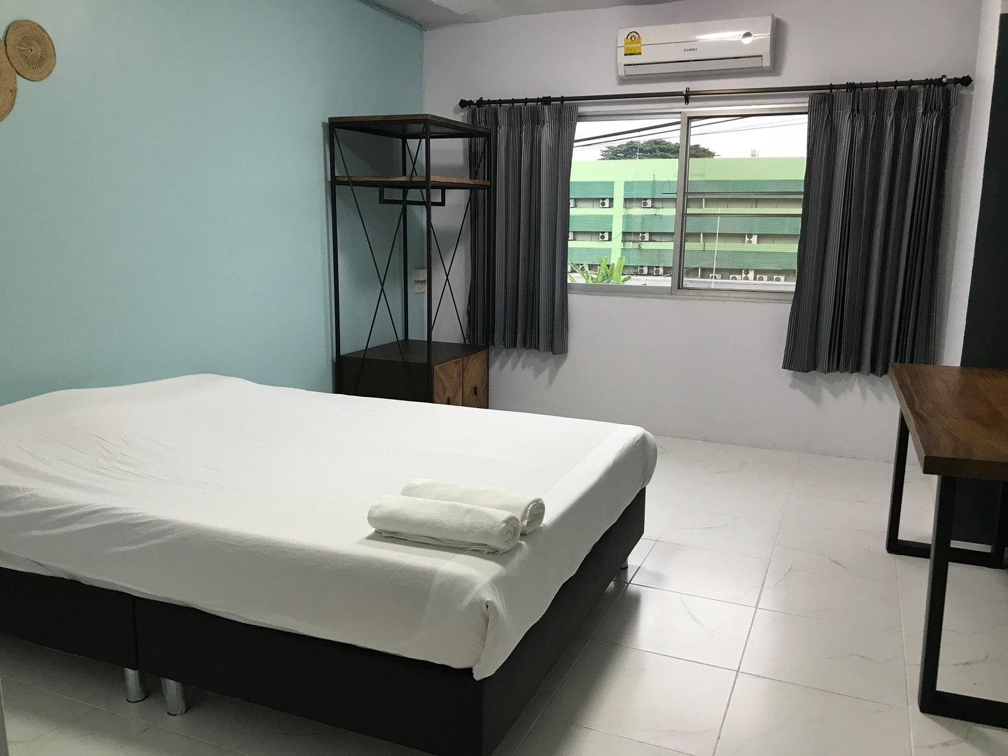 Nimman Expat Home : Room 8 (Double Bed)