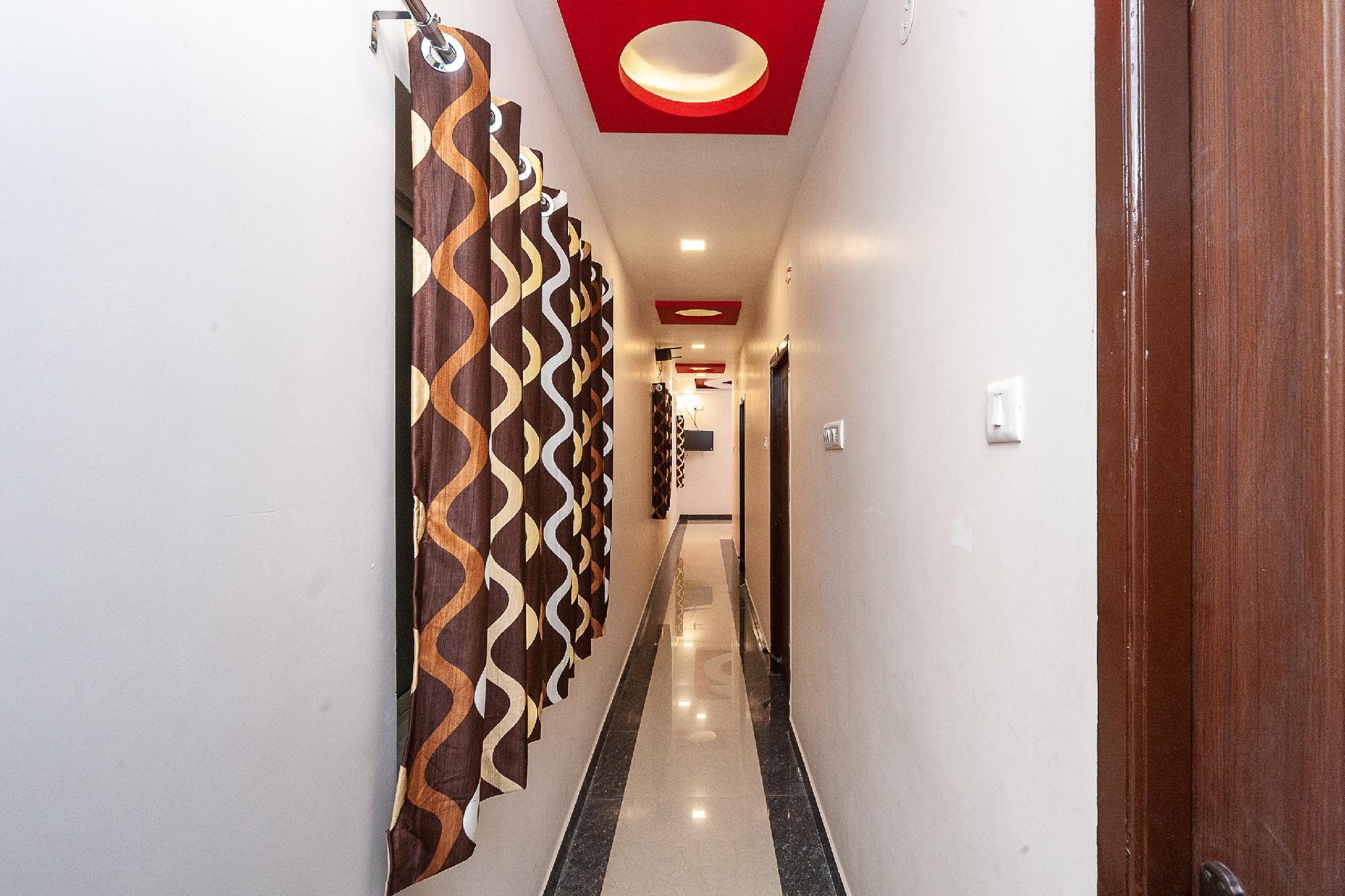 OYO 30310 Joel Inn, Kancheepuram