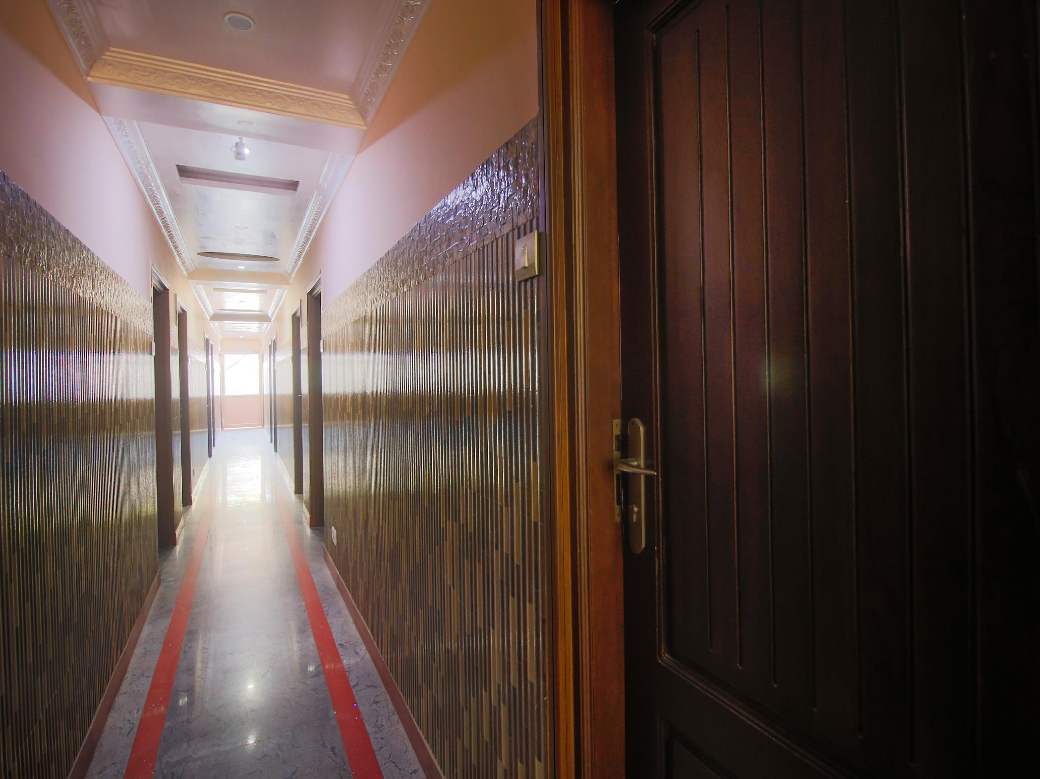 OYO 35975 Npk Residency, Tirunelveli