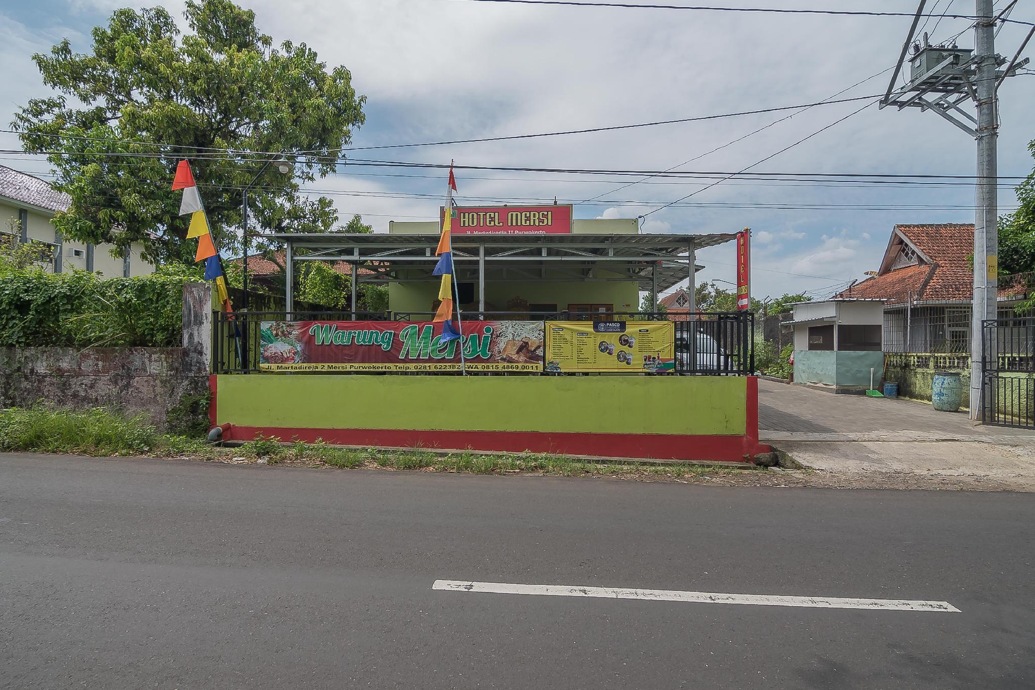 RedDoorz near Kampus UMP Purwokerto