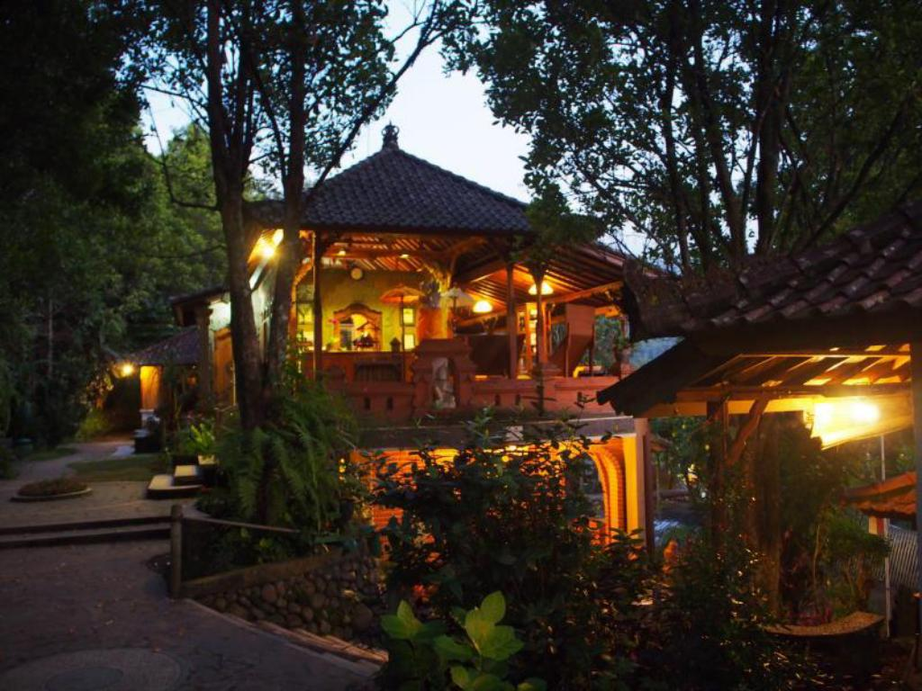 Best Price On Puri Lumbung Cottages Hotel In Bali Reviews