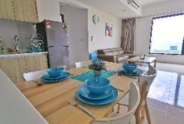 Exquisite 2 Bedroom CityView Suite @ Tropicana 218