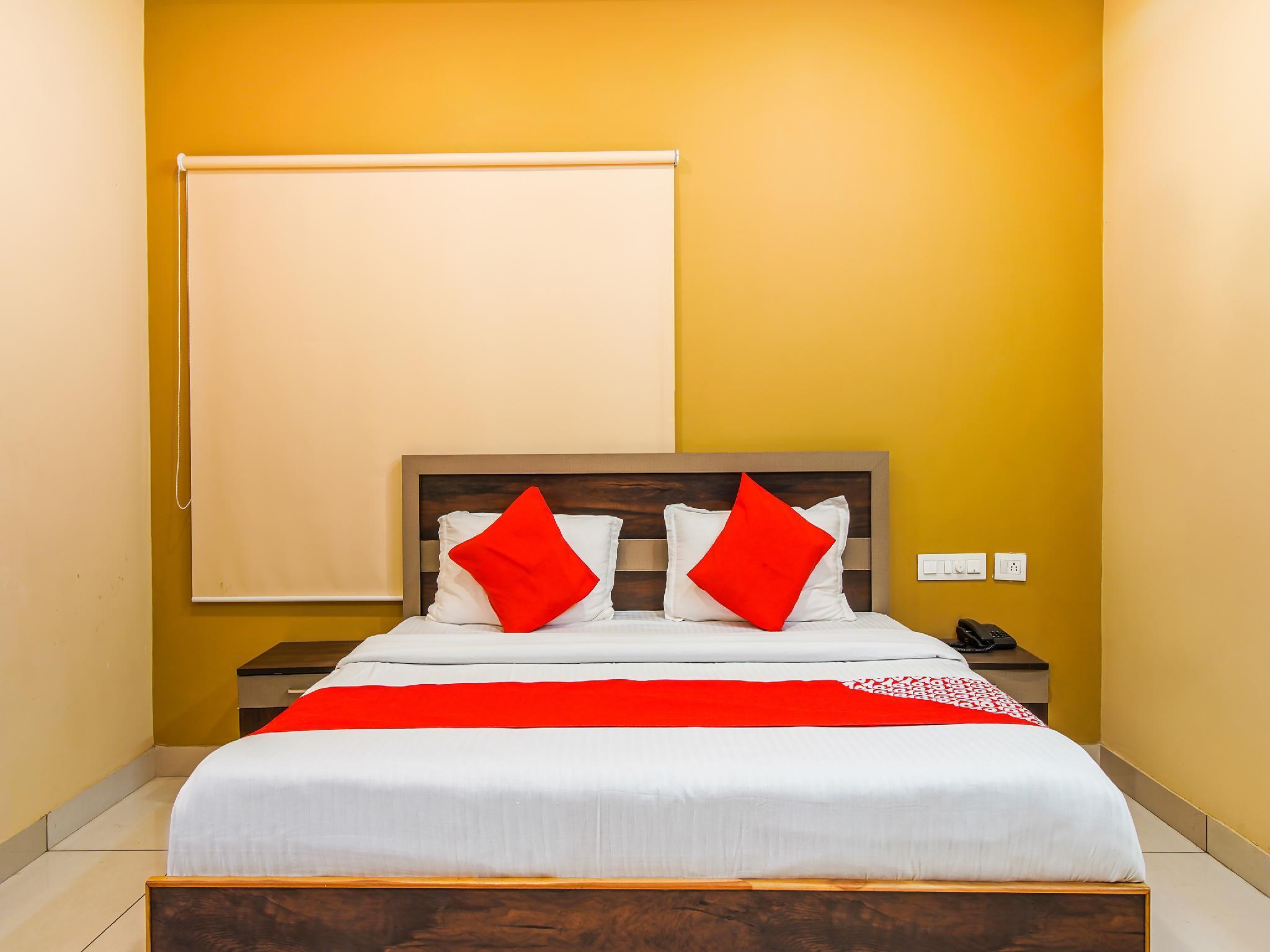 OYO 37756 Mangalam Resort, Amroha