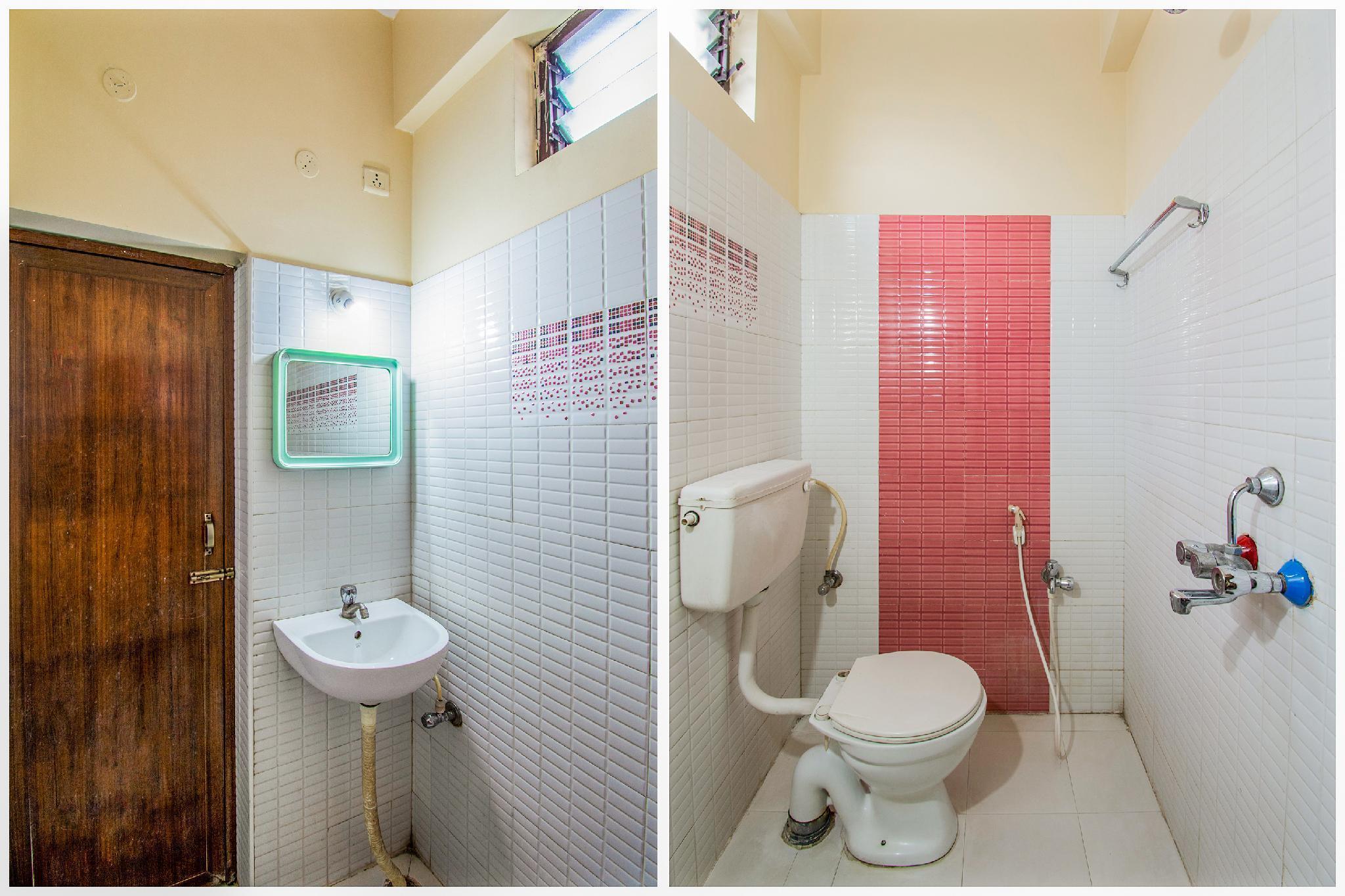SPOT ON 15830 Ssg Residency, Visakhapatnam