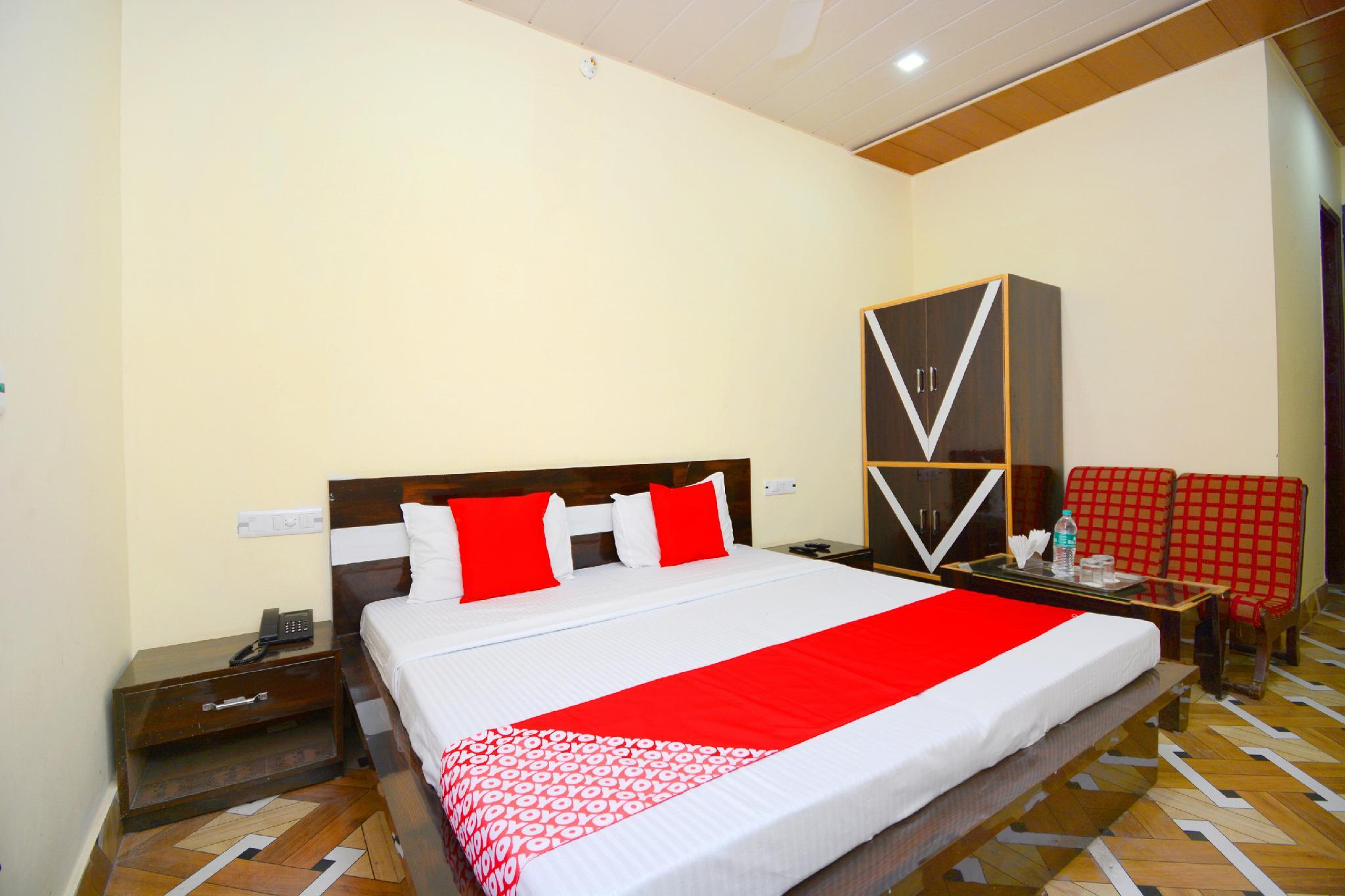 OYO 37902 Kaler Regency, Pathankot
