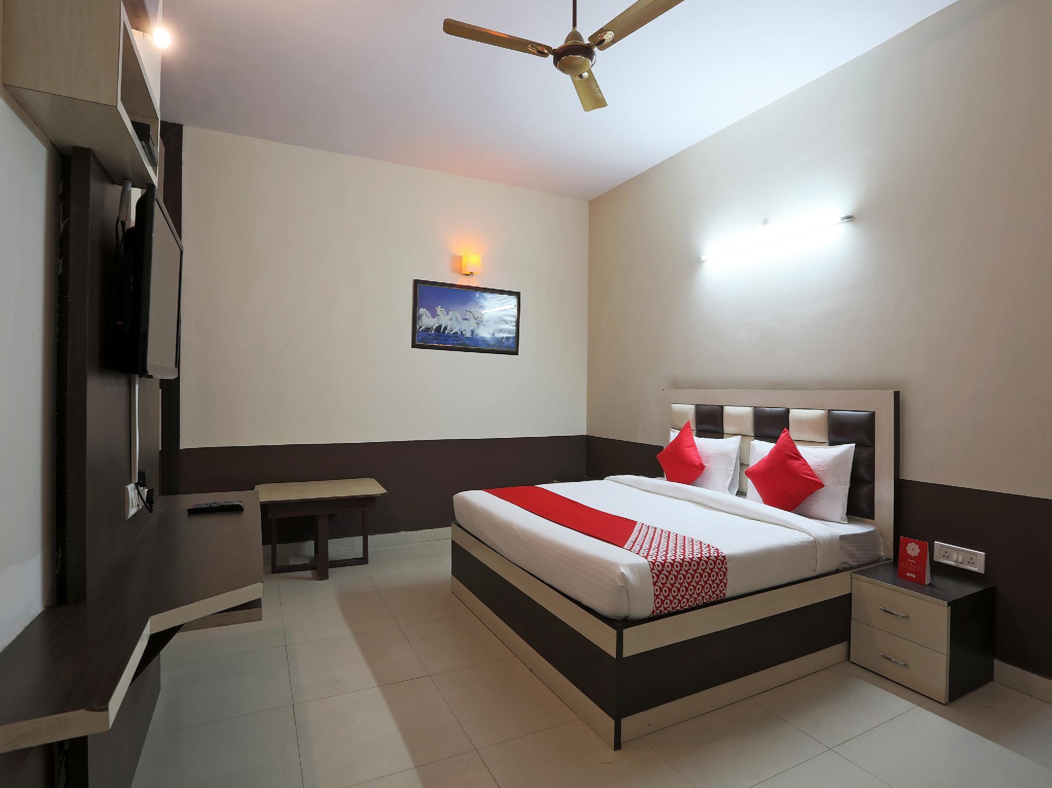 OYO 38077 hotel atithi, Rewari