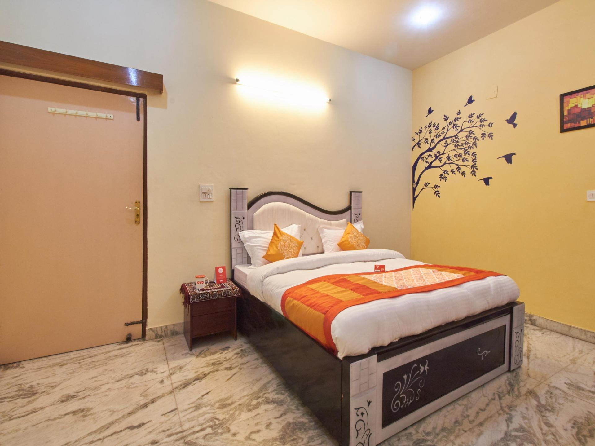 OYO 3609 Home Stay near Neelam Chowk, Faridabad