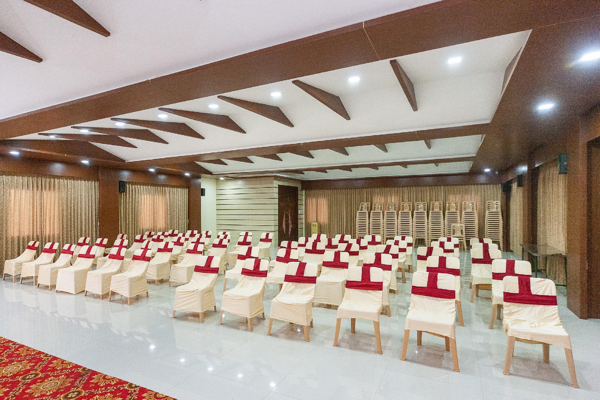 Capital O 38630 Hotel Venkaateswara, Tirunelveli