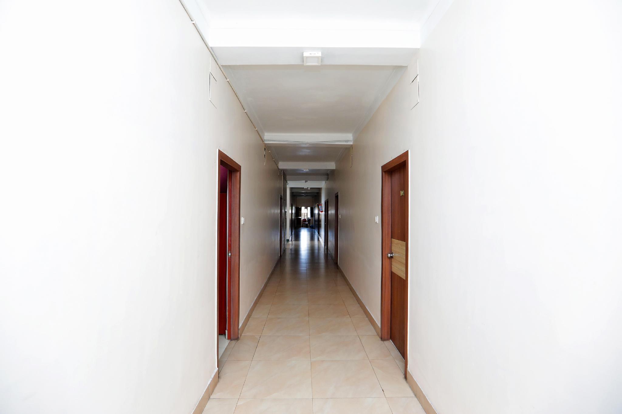 SPOT ON 38028 Hotel Green Valley, Bilaspur