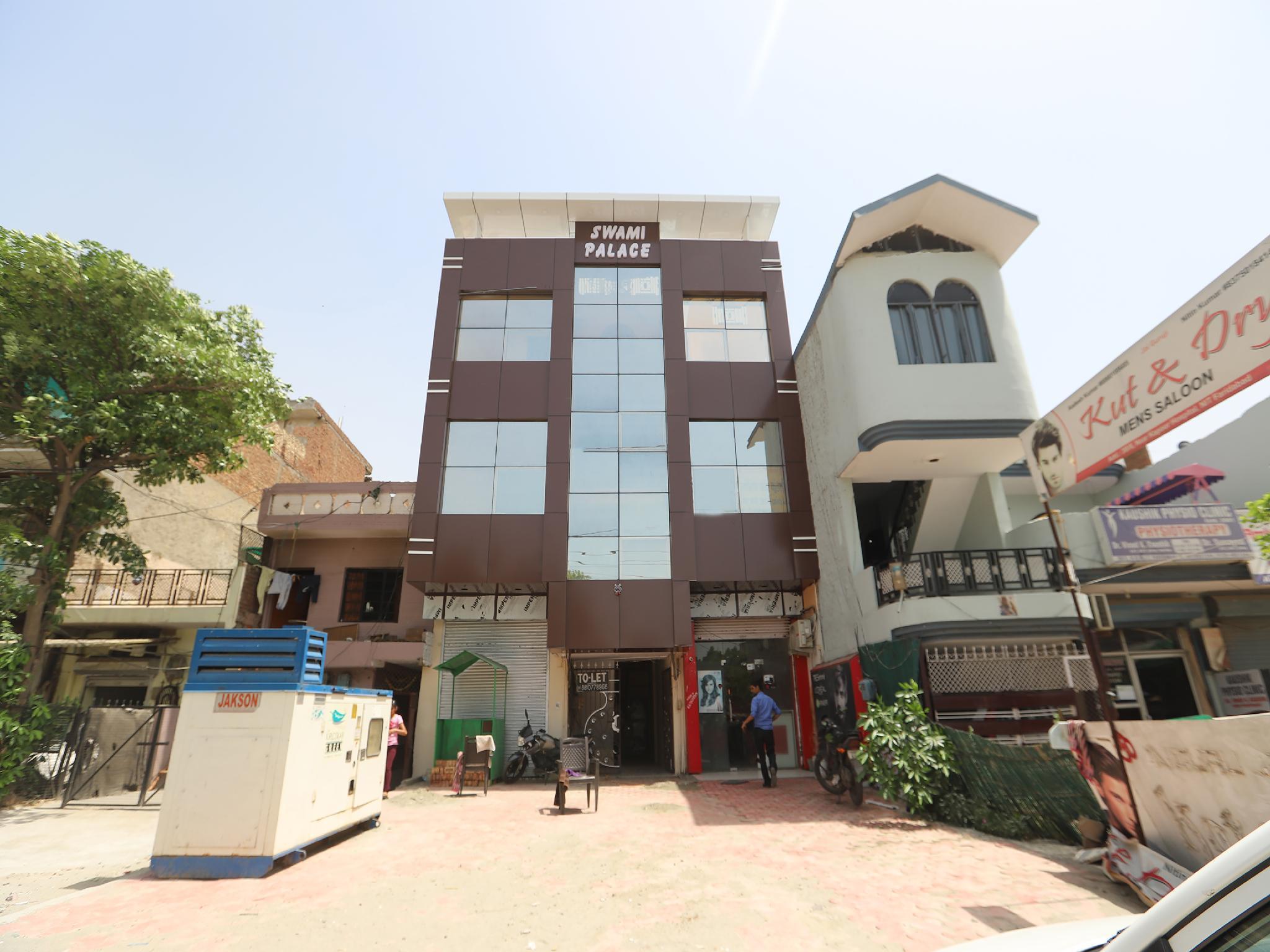 OYO 28805 Hotel Silverline Residency, Faridabad