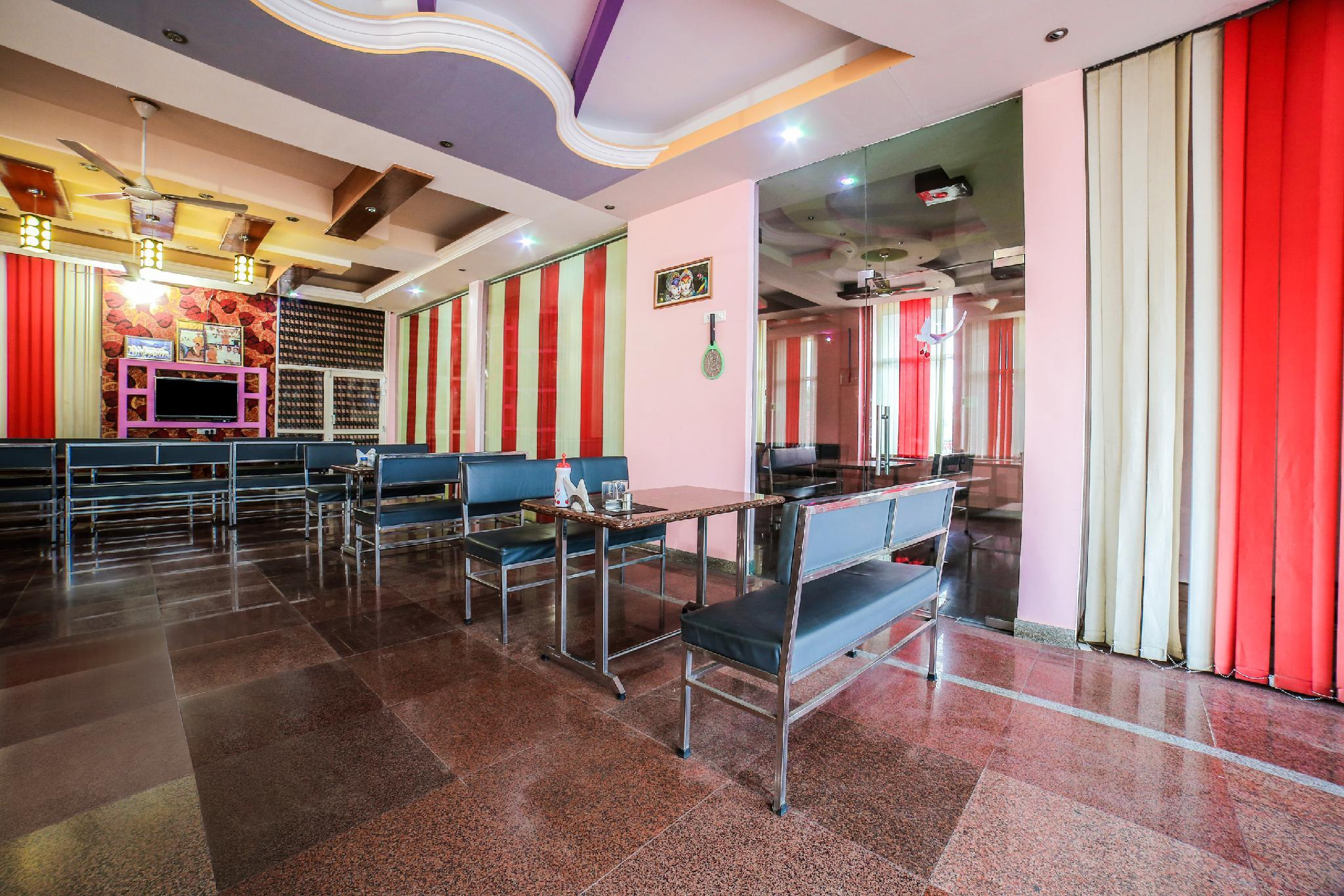 SPOT ON 38803 Hotel Galaxy, Sikar