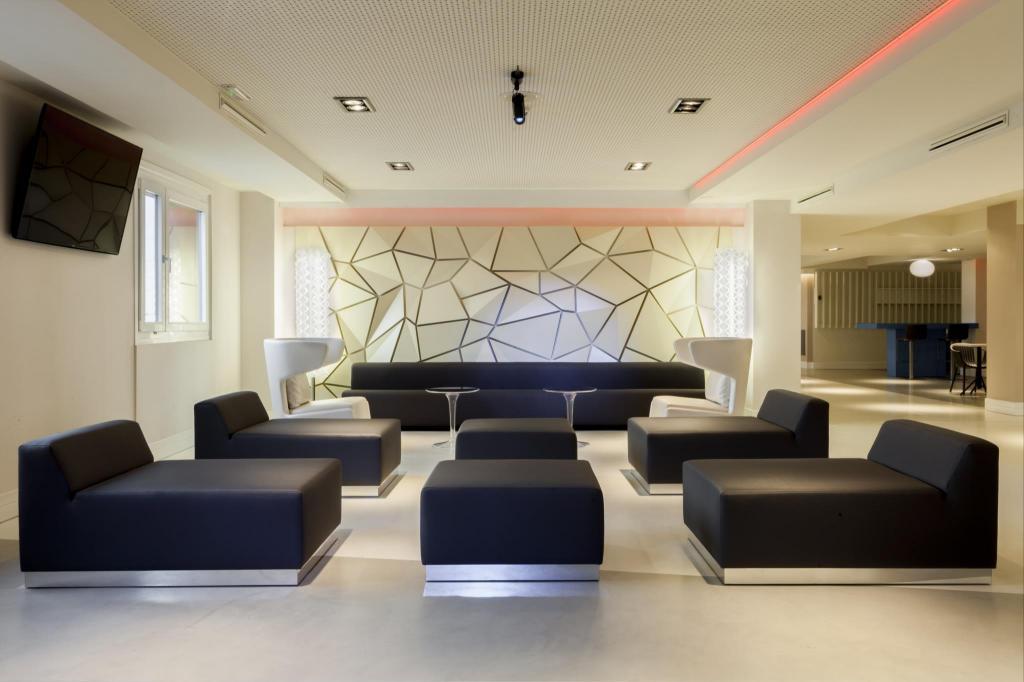 Best price on madrid marriott auditorium hotel - Sauna premium madrid opiniones ...