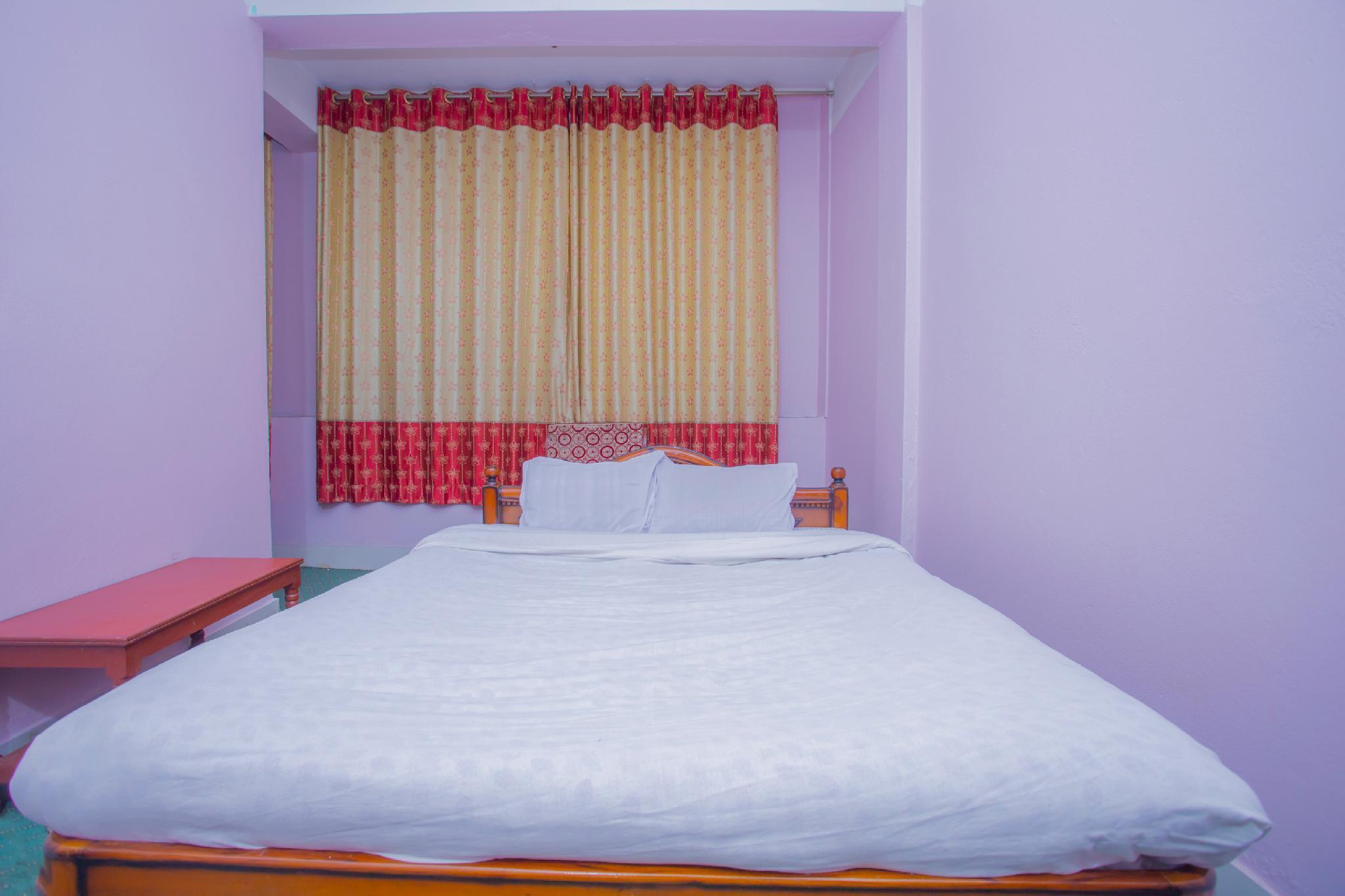 SPOT ON 385 Tirupati Palace Restaurant and Lodge, Mechi