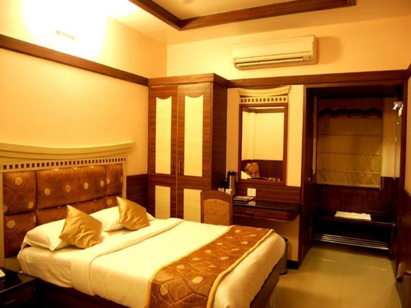 Hotel South Avenue, Tirunelveli
