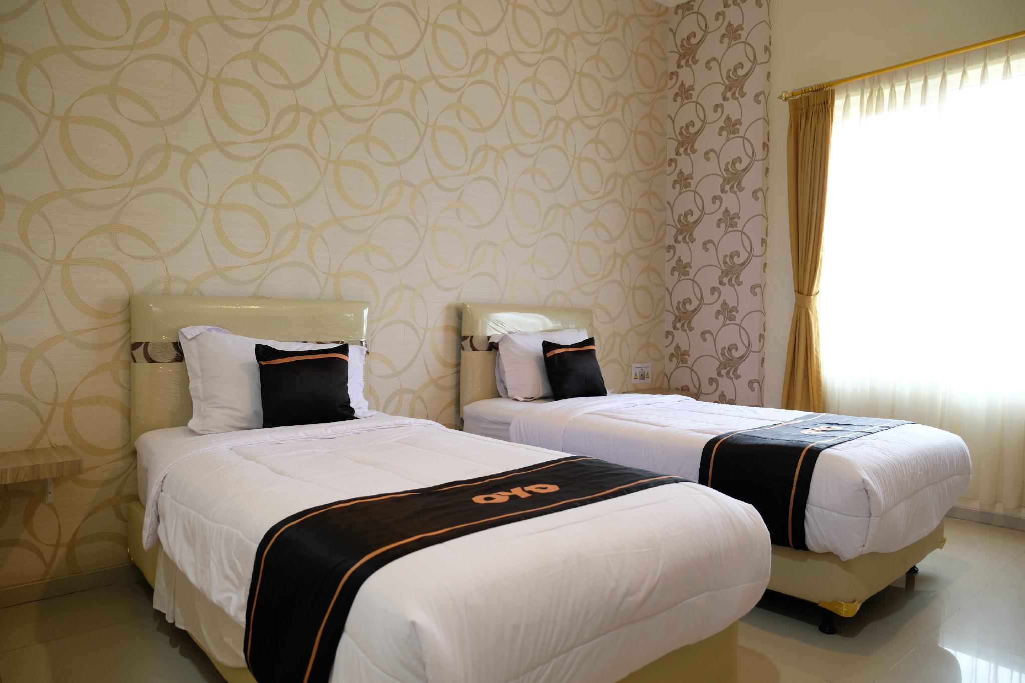 Hotel OYO 1616 Hotel Central City 2