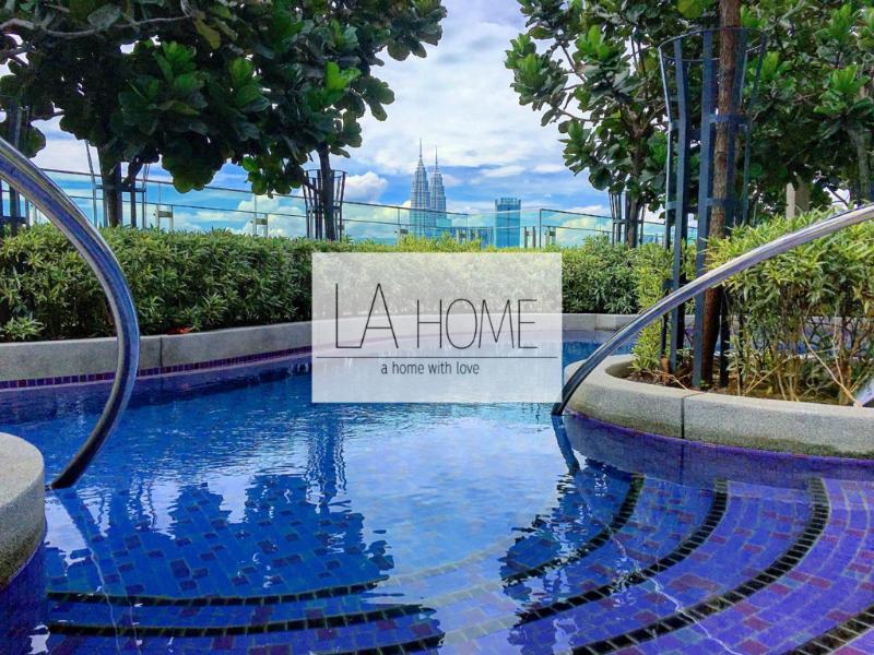 Designer Suite @Robertson Kuala Lumpur (Best View)