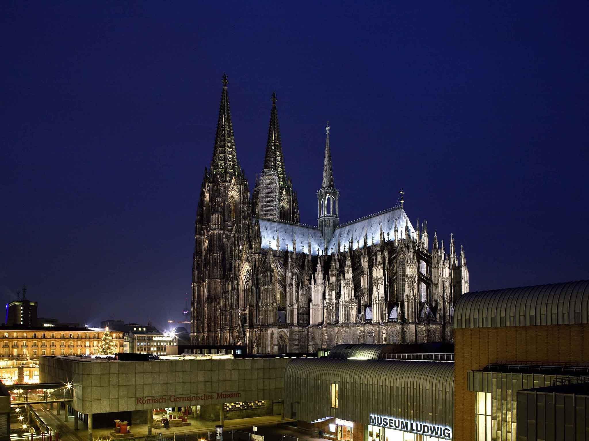 Ibis Koeln Am Dom, Köln