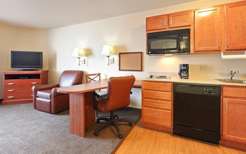 Candlewood Suites Fayetteville, an IHG Hotel