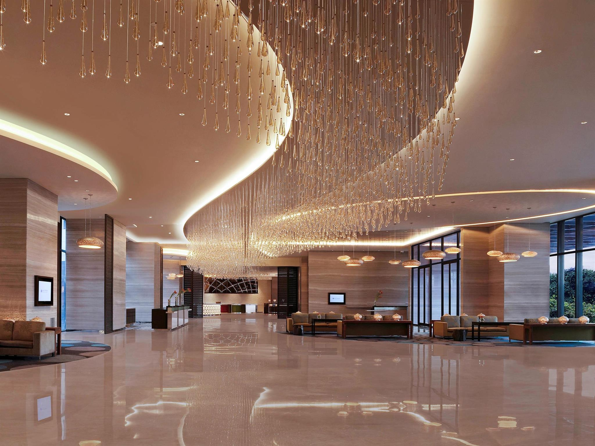 Pullman New Delhi Aerocity Hotel - An AccorHotels Brand, West