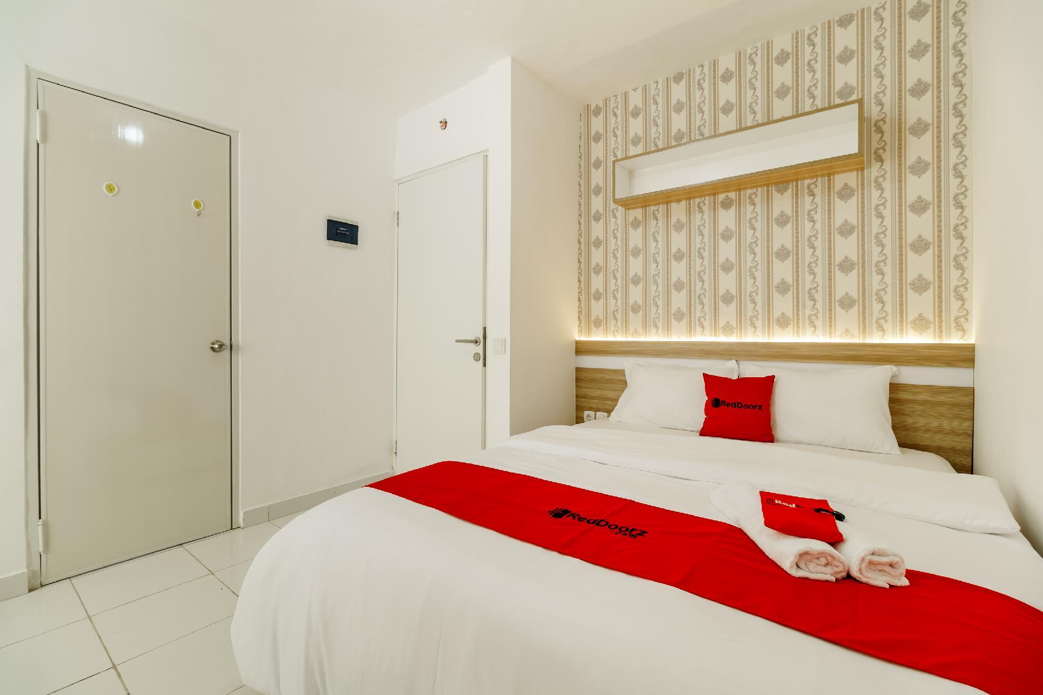 RedDoorz Apartment @ Aeropolis, Tangerang