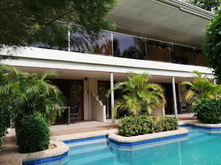 Alona Golden Palm Resort