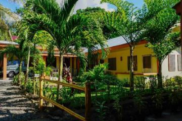 Marianita's Cottages