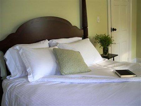 EDDINGTON HOUSE INN - BED AND BREAKFAST - ADULTS ONLY, Bennington