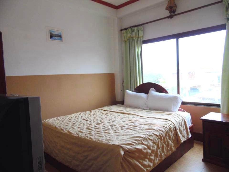 Surinphone Hotel, Xay