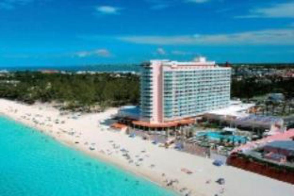 Best Price On Riu Palace Paradise Island Ai Hotel In