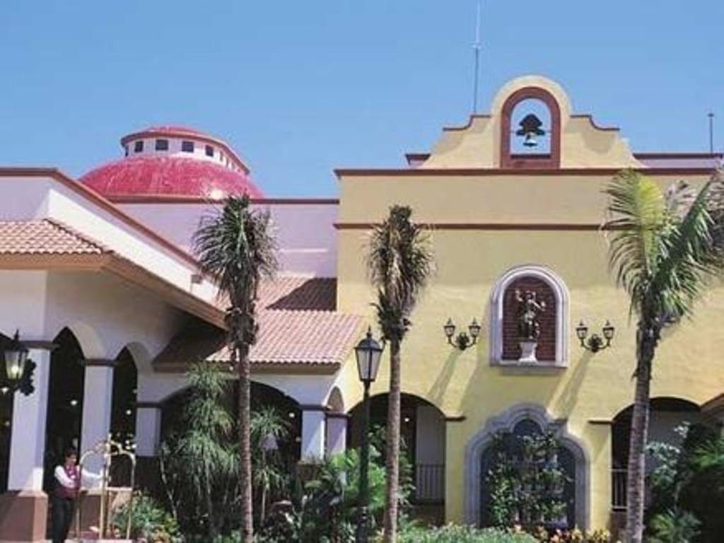 Best Price on Riu Yucatan in Playa Del Carmen + Reviews!