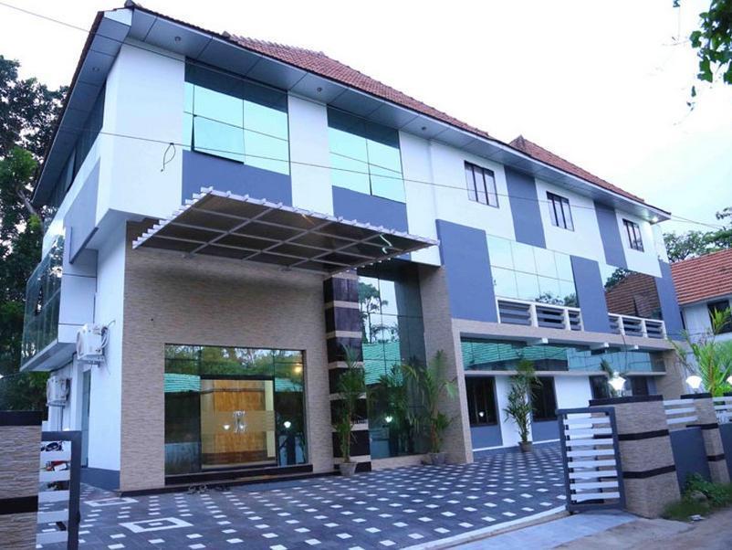 Hotel Western Classic Inn , Alappuzha